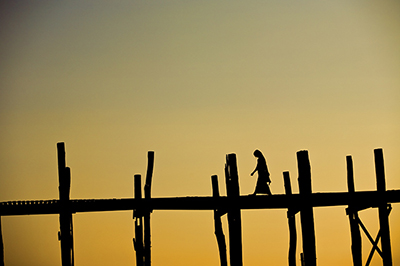 ubein_bridge_lone_girl_small